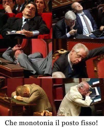 Foto politici che dormono in parlamento for I parlamentari italiani