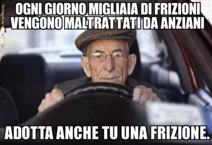 Famoso Barzellette.net Foto: Anziano al volante della sua auto GC01
