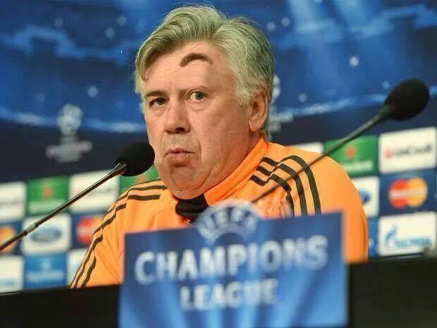 Connu Barzellette.net Foto: Allenatore di calcio con sopracciglio tirato  BQ44