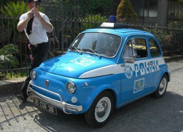 Barzellette Net Foto Fiat 500 Della Polizia