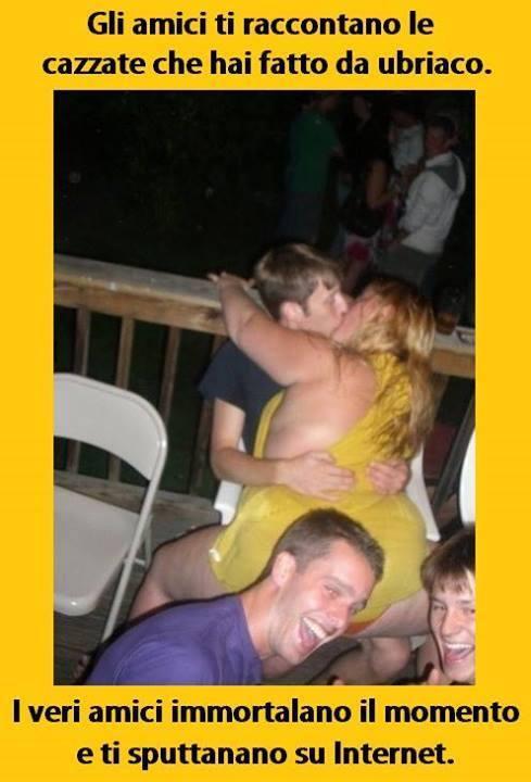 Foto Porno di Ragazze Nude su AMAPORN