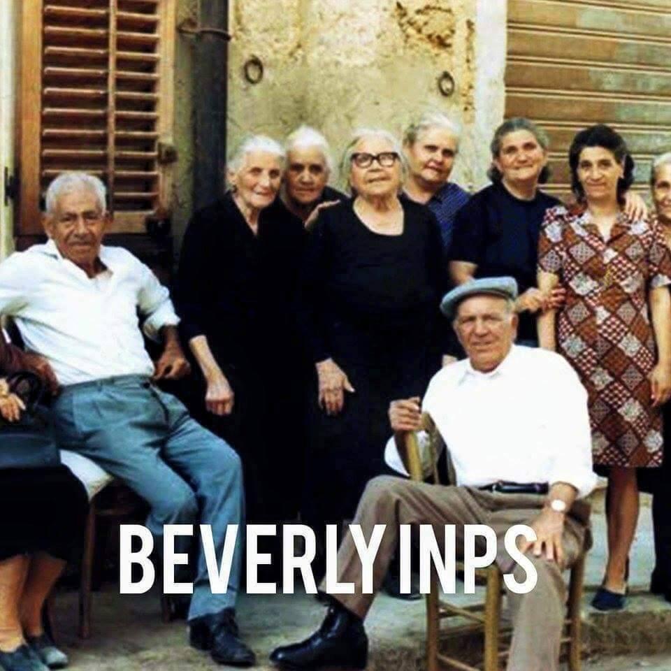 Famoso Barzellette.net Foto: Un gruppo di anziani in posa fotografica per  CM78